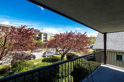 127e4-21 at 202 - 127 E 4th Street, Lower Lonsdale, North Vancouver