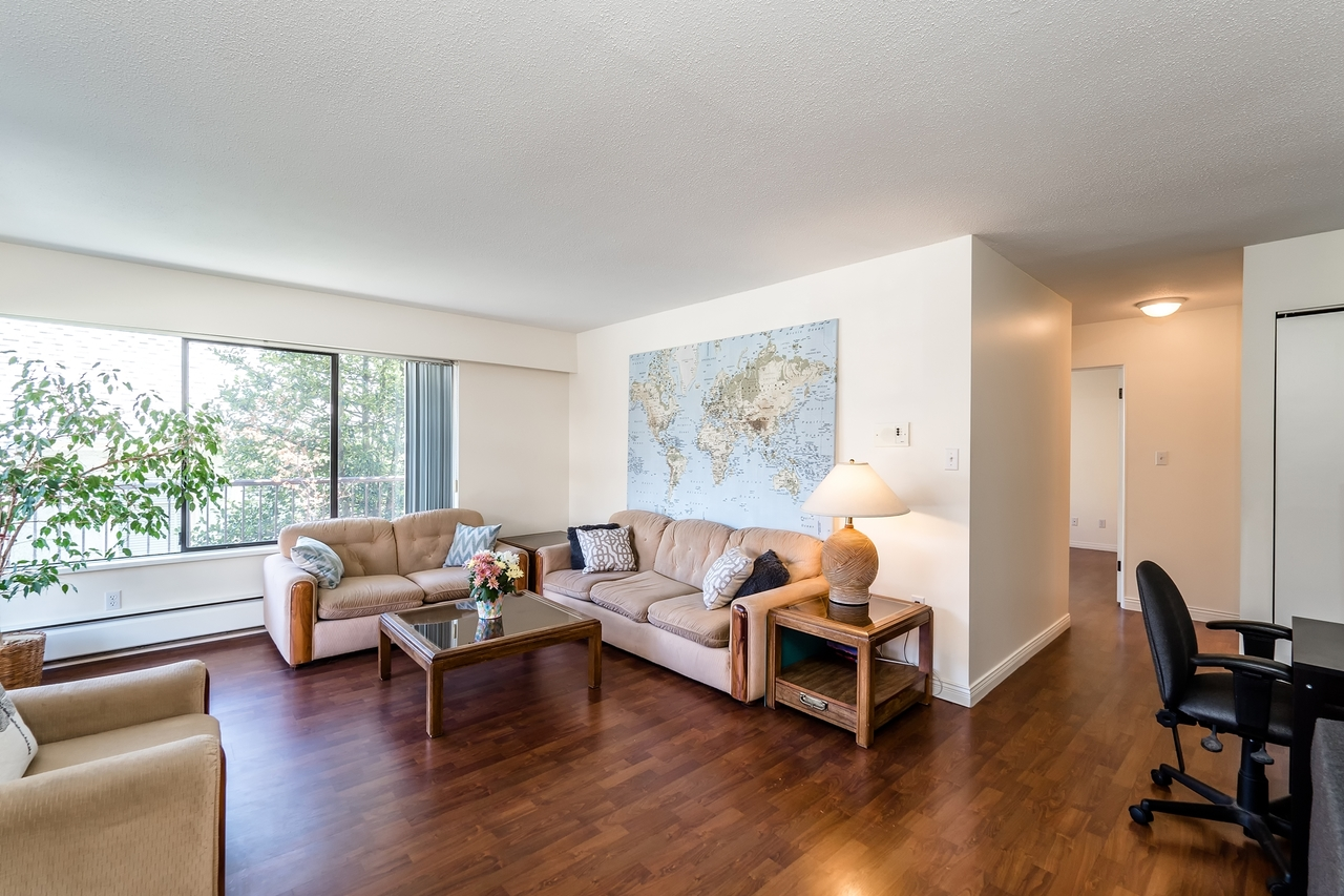 127e4-14 at 202 - 127 E 4th Street, Lower Lonsdale, North Vancouver