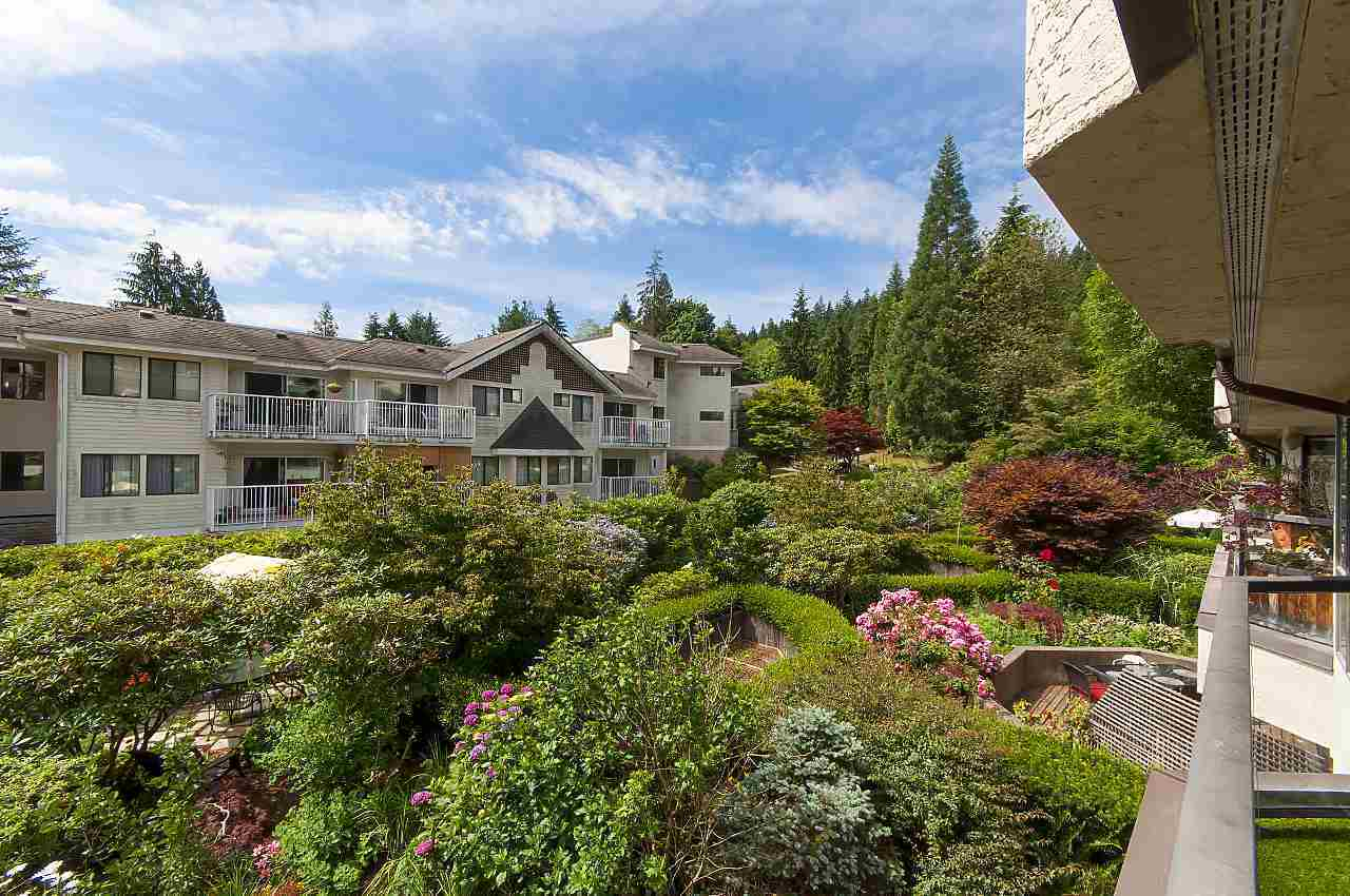4323-gallant-avenue-deep-cove-north-vancouver-15 at 208 - 4323 Gallant Avenue, Deep Cove, North Vancouver