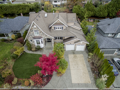 aerial-house at 936 Forest Hills Drive, Edgemont, North Vancouver