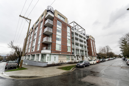 311e6-31 at 213 - 311 E 6th Avenue, Mount Pleasant VE, Vancouver East