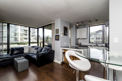 151w2-15 at 605 - 151 W 2nd Street, Lower Lonsdale, North Vancouver