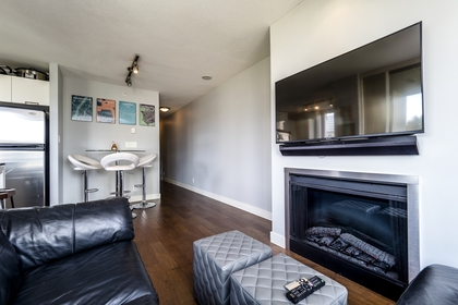 151w2-17 at 605 - 151 W 2nd Street, Lower Lonsdale, North Vancouver