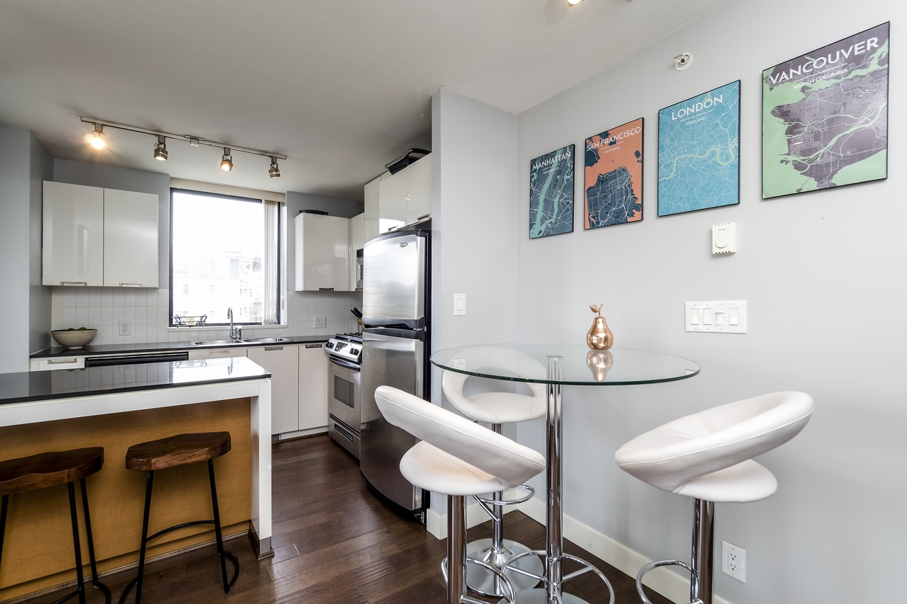 151w2-8 at 605 - 151 W 2nd Street, Lower Lonsdale, North Vancouver