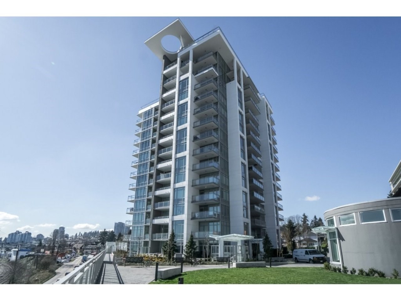 1 at 207 - 200 Nelson's Crescent,