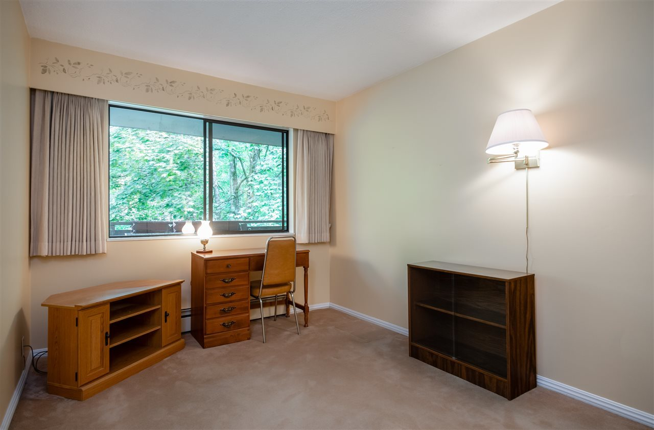 bed-3 at 208 - 414 Draycott Road, Lynn Valley, North Vancouver