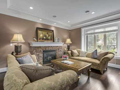 living at 714 Donegal Place, Delbrook, North Vancouver
