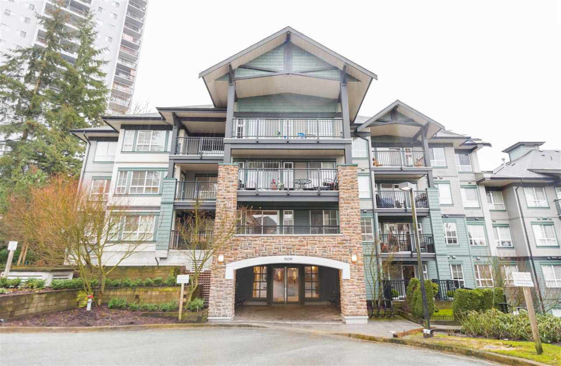 313 - 9098 Halston Court, Government Road, Burnaby North