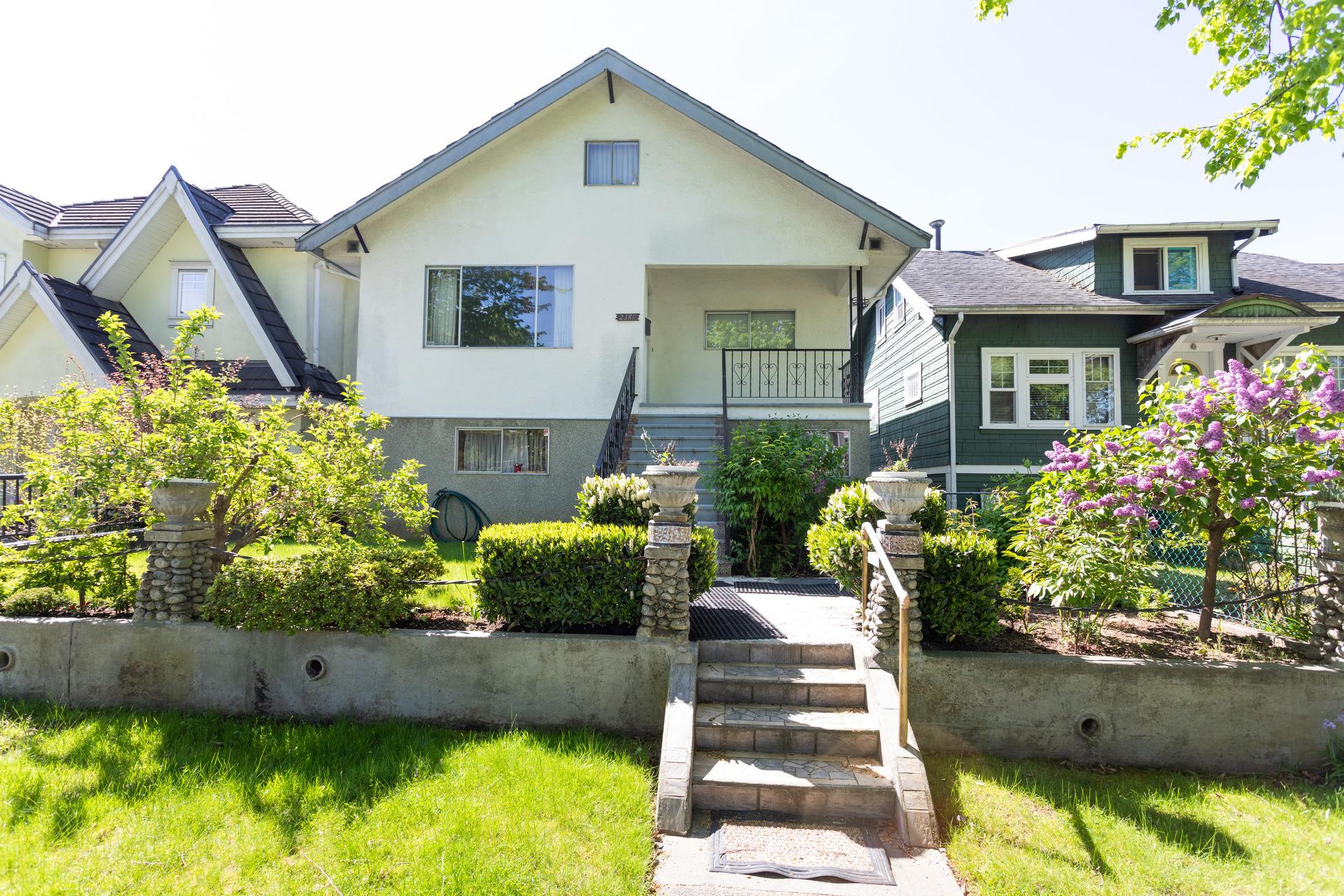 2380 E 5th Avenue, Grandview Woodland, Vancouver East