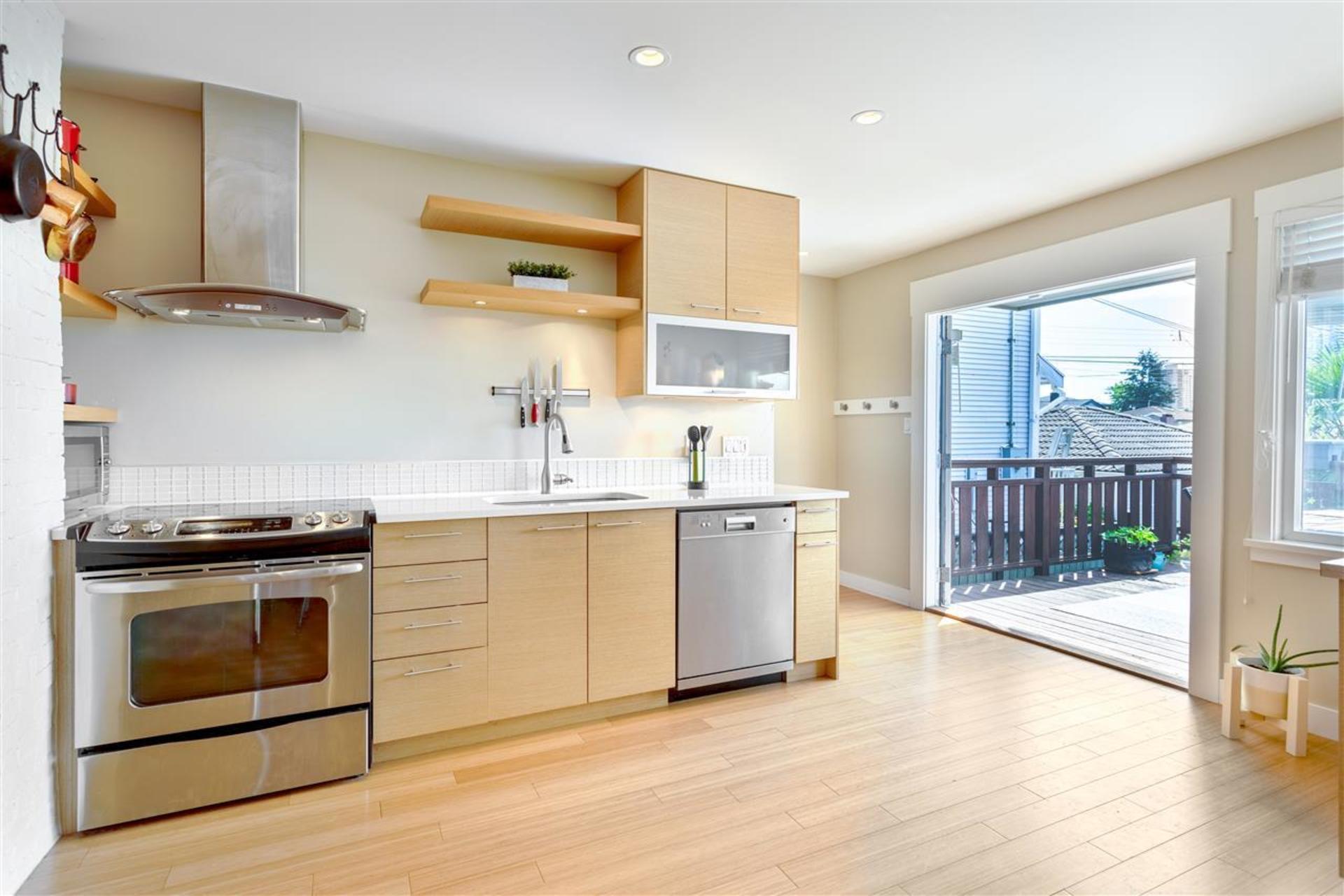 3912-parker-street-willingdon-heights-burnaby-north-05 at 3912 Parker Street, Willingdon Heights, Burnaby North