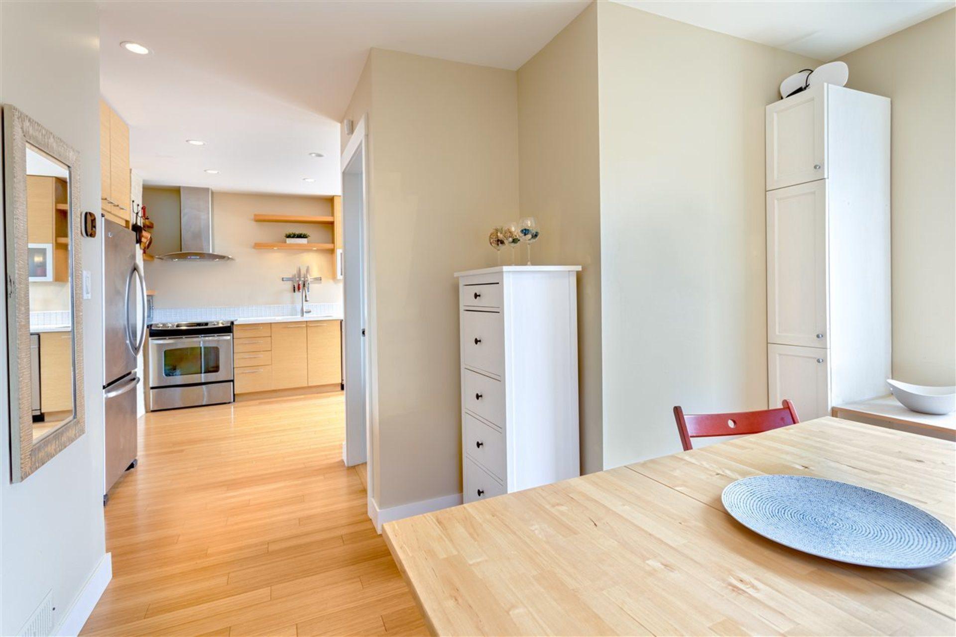 3912-parker-street-willingdon-heights-burnaby-north-09 at 3912 Parker Street, Willingdon Heights, Burnaby North