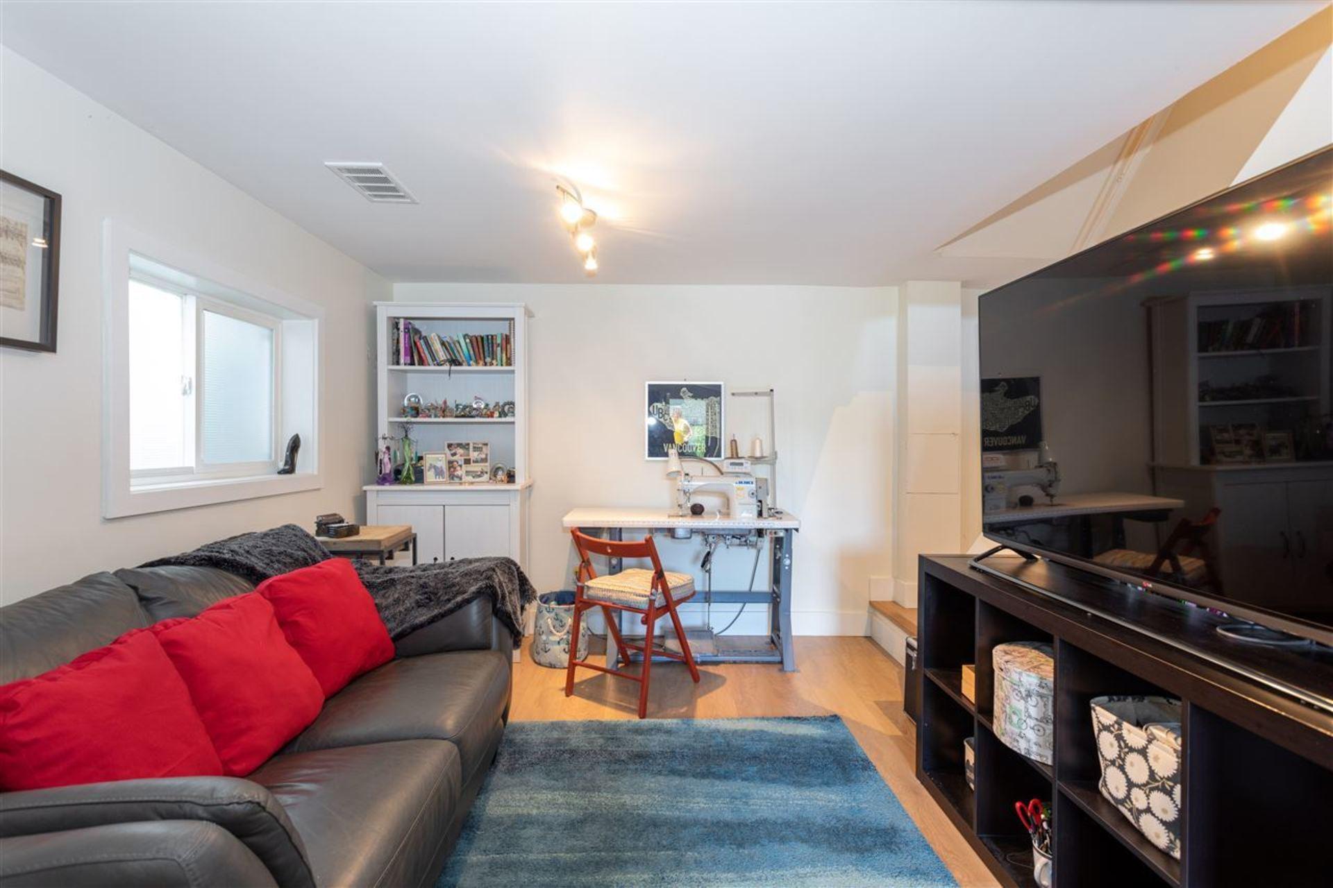 3912-parker-street-willingdon-heights-burnaby-north-14 at 3912 Parker Street, Willingdon Heights, Burnaby North