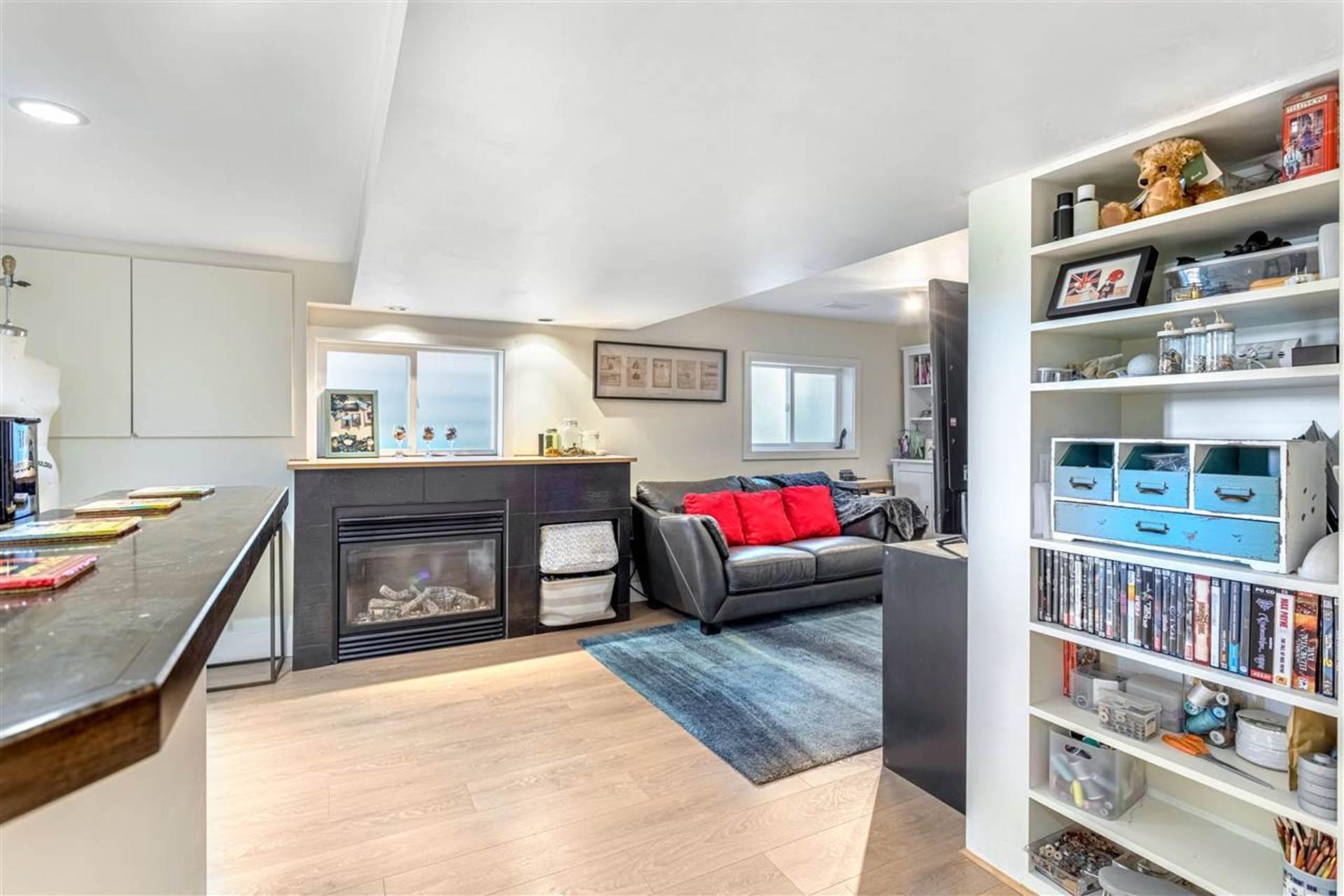 3912-parker-street-willingdon-heights-burnaby-north-15 at 3912 Parker Street, Willingdon Heights, Burnaby North