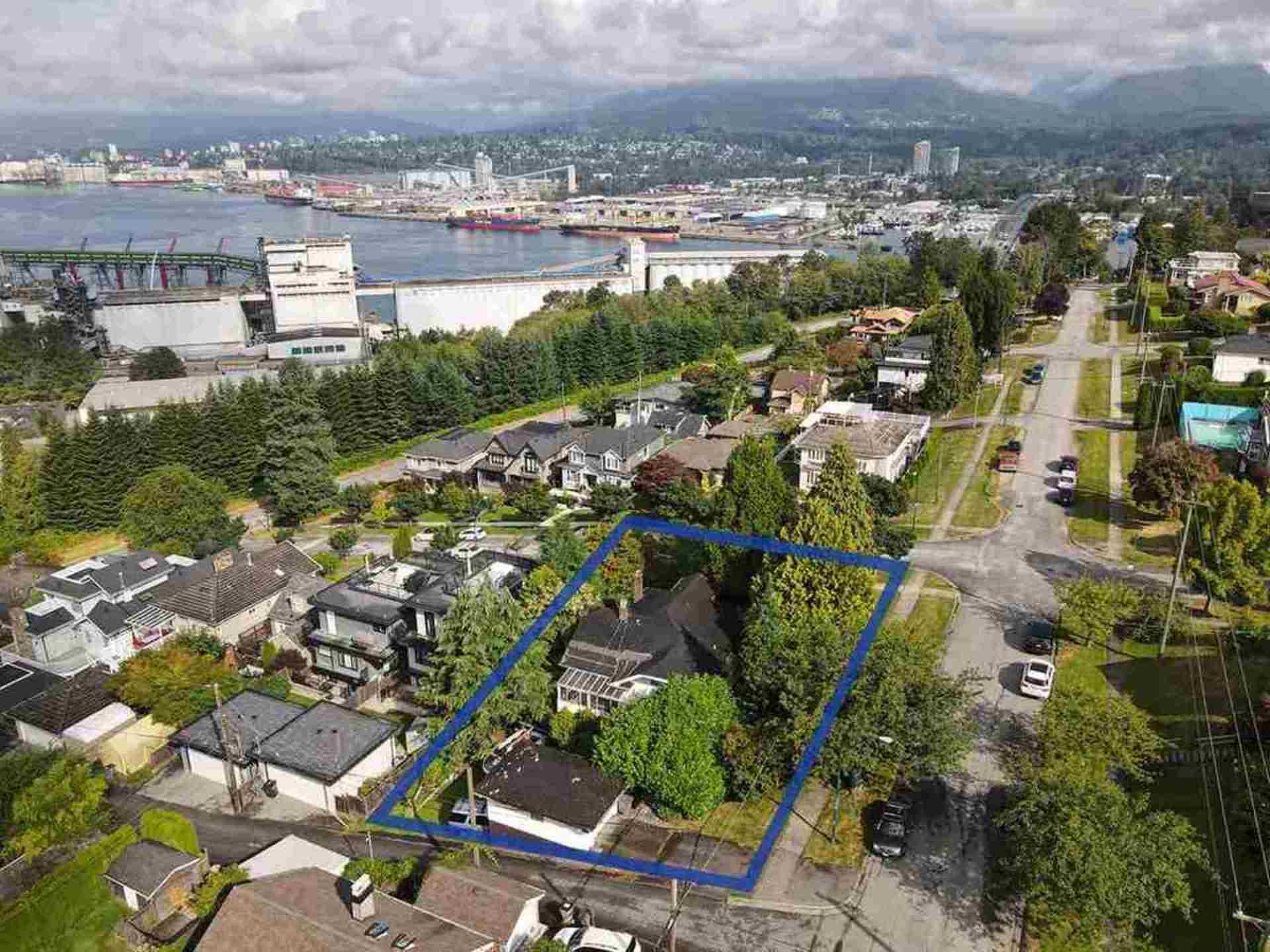 375-n-kootenay-street-hastings-vancouver-east-08 at 375 N Kootenay Street, Hastings, Vancouver East