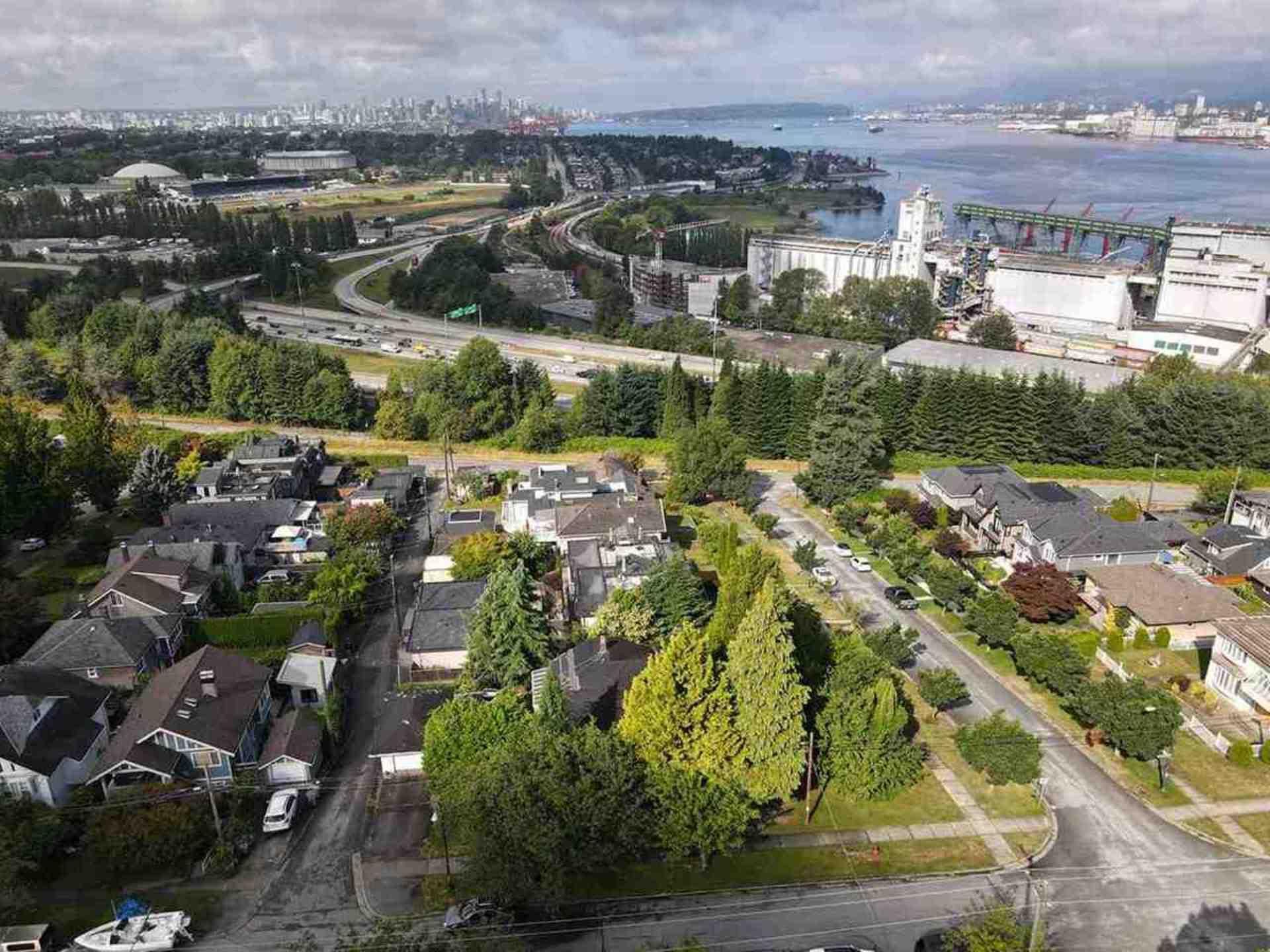 375-n-kootenay-street-hastings-vancouver-east-10 at 375 N Kootenay Street, Hastings, Vancouver East