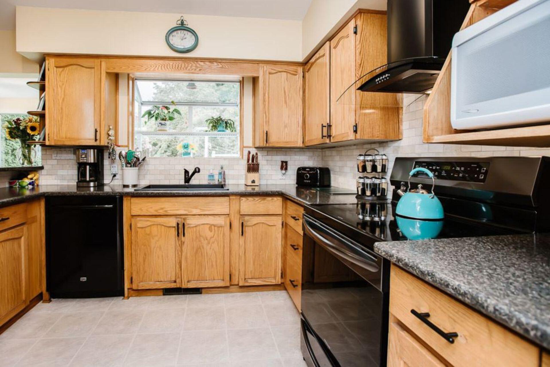 21519-122-avenue-west-central-maple-ridge-09 at 21519 122 Avenue, West Central, Maple Ridge
