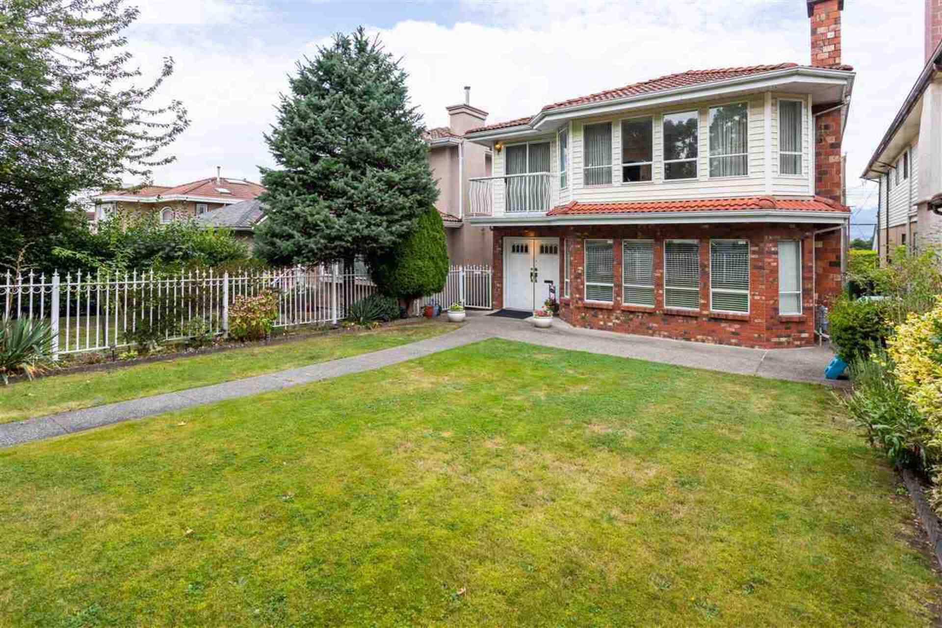 2675-e-5th-avenue-renfrew-ve-vancouver-east-02 at 2675 E 5th Avenue, Renfrew VE, Vancouver East