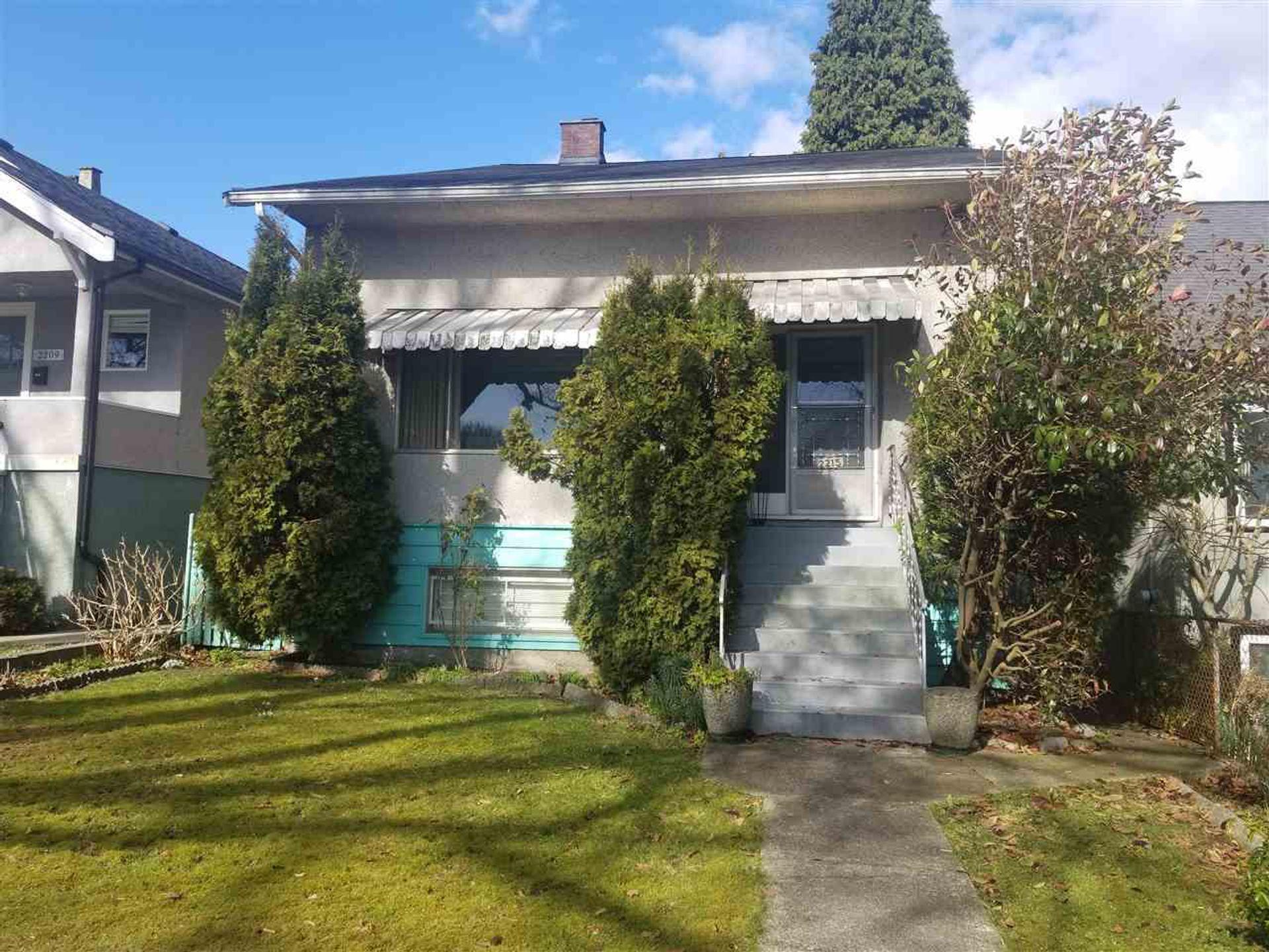 2215 Charles Street, Grandview Woodland, Vancouver East