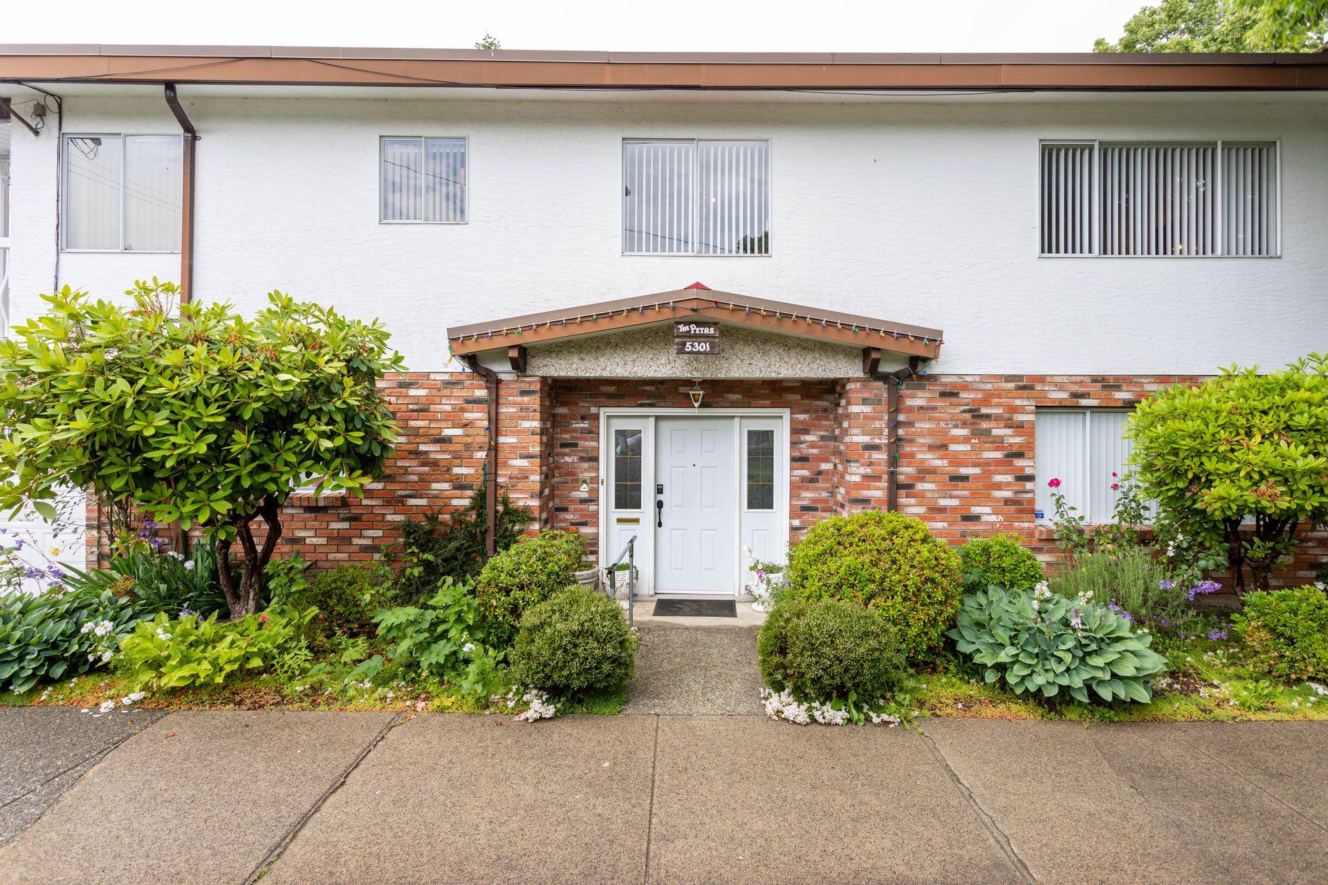 5301 Bruce Street, Victoria VE, Vancouver East
