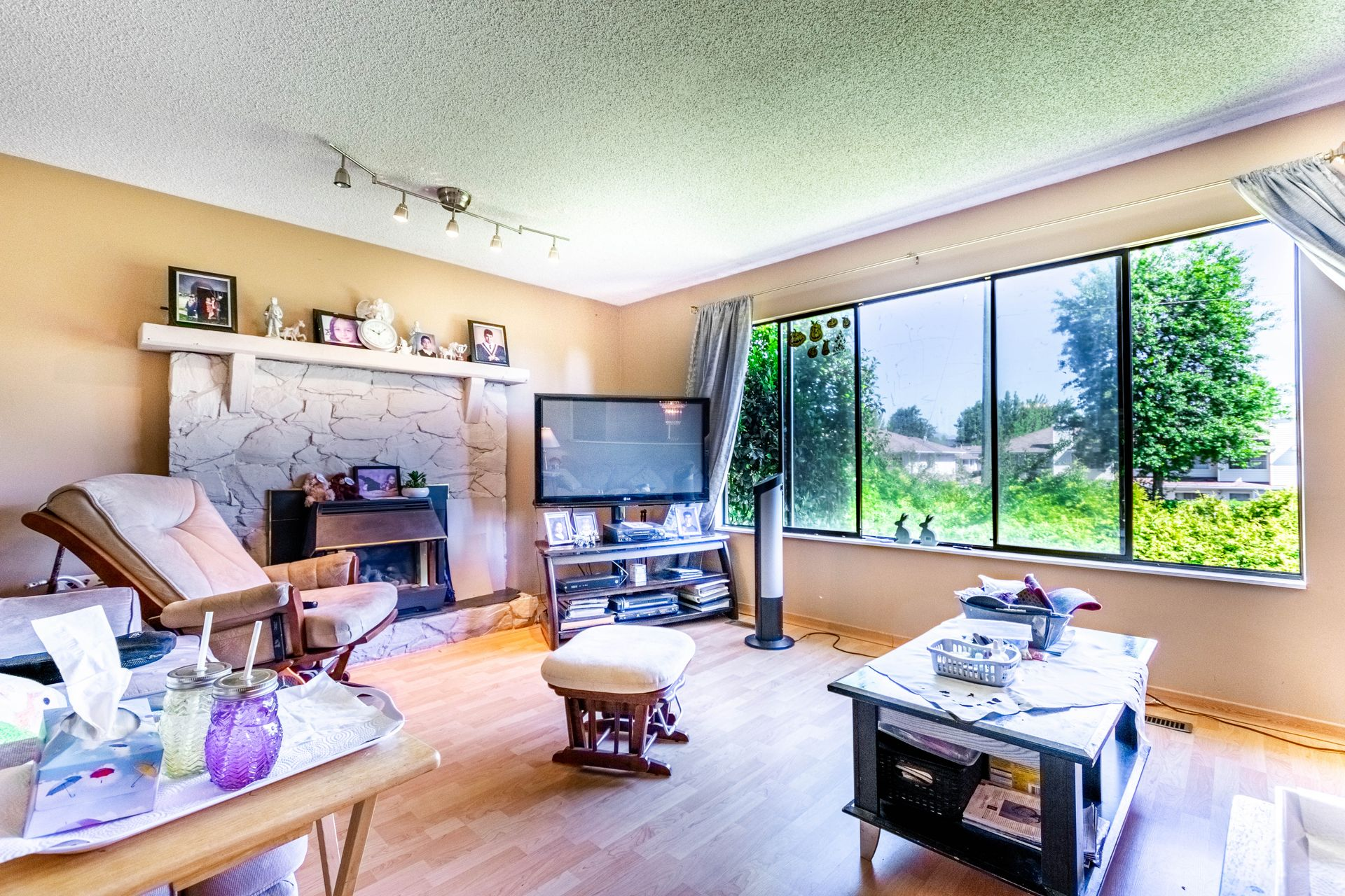 14 at 15576 100 Avenue, Guildford, North Surrey