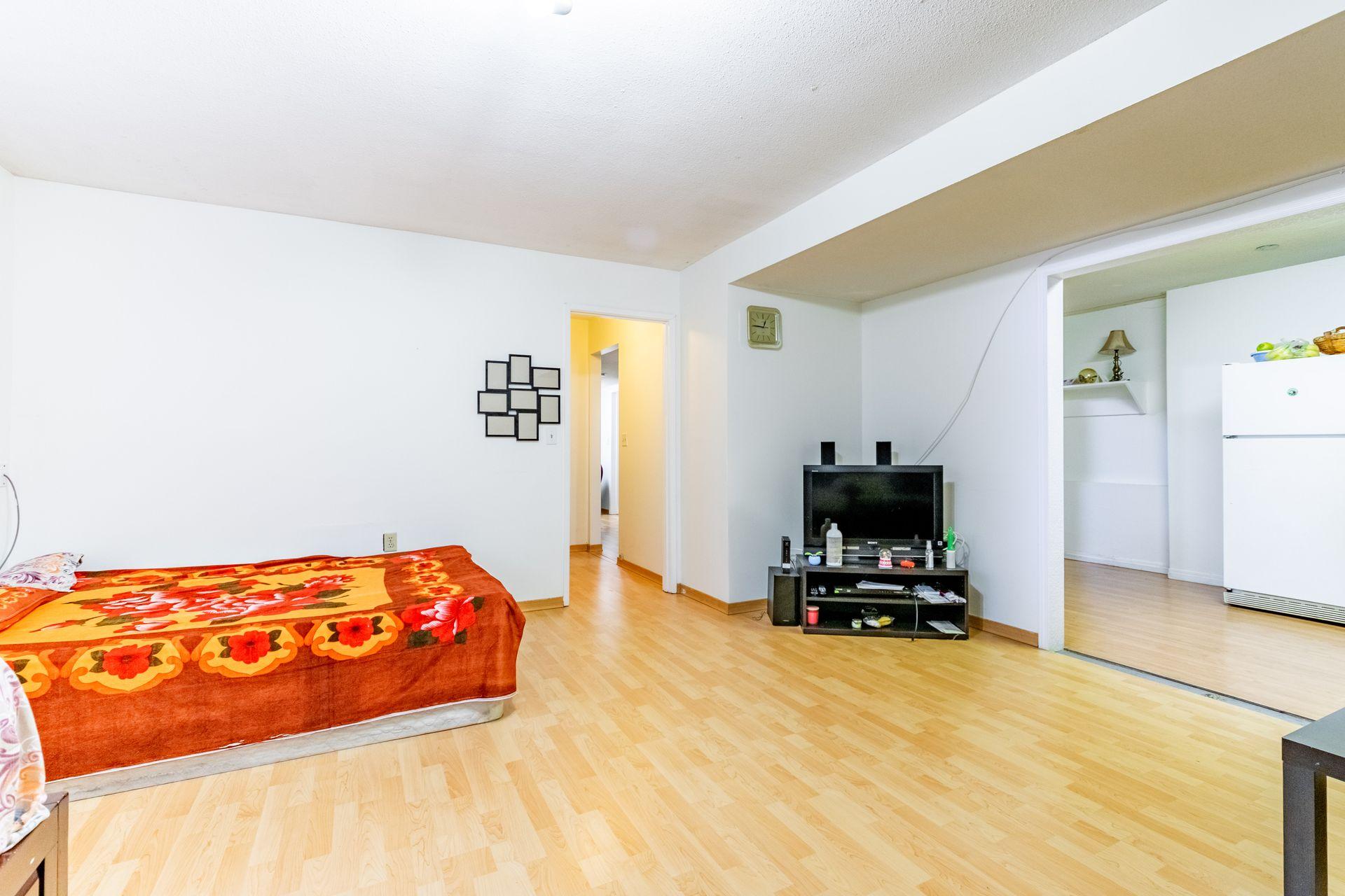 42 at 15576 100 Avenue, Guildford, North Surrey