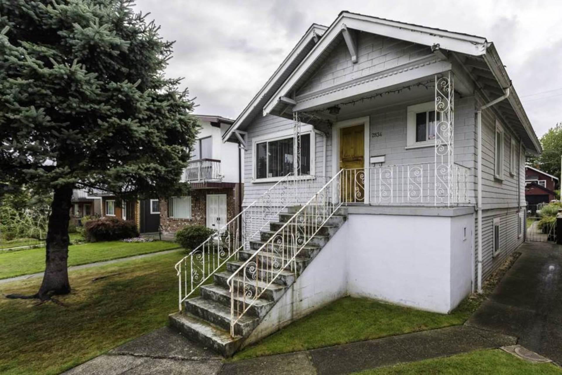 2834 Dundas Street, Hastings East, Vancouver East