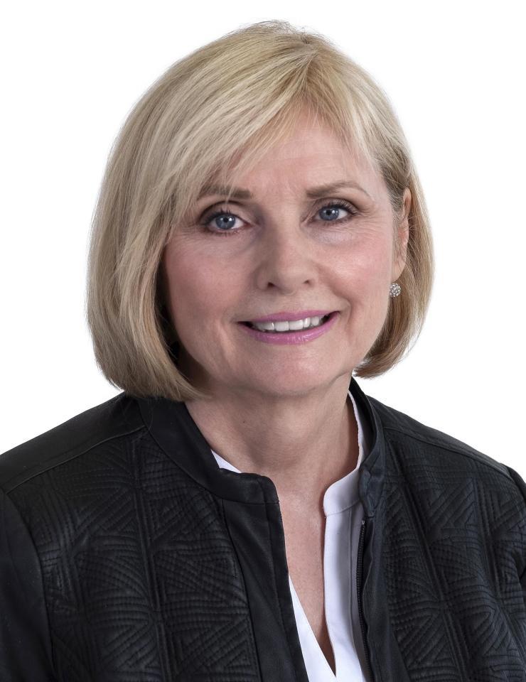 Gwen Dunbar