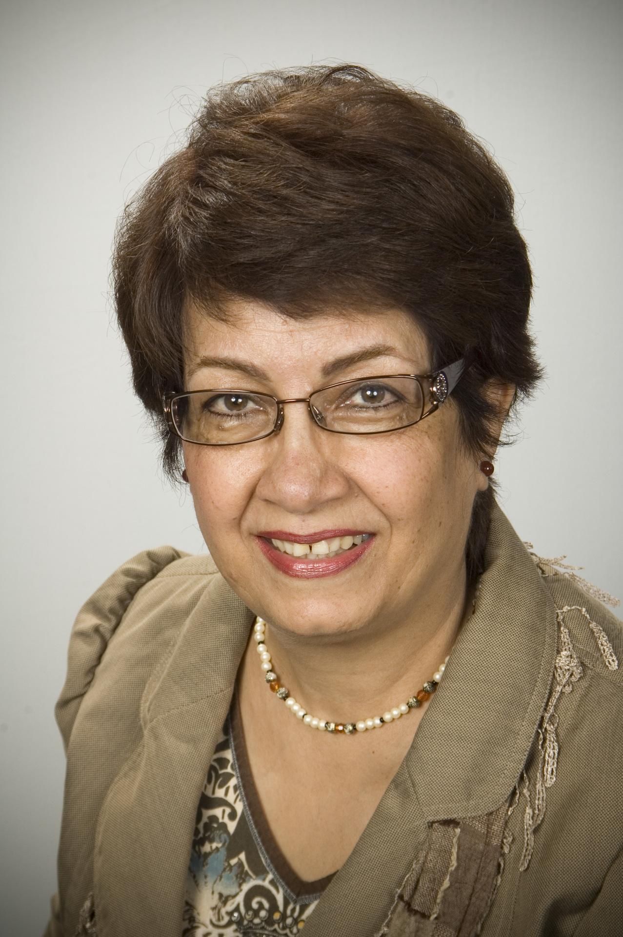 Shahnaz Nik