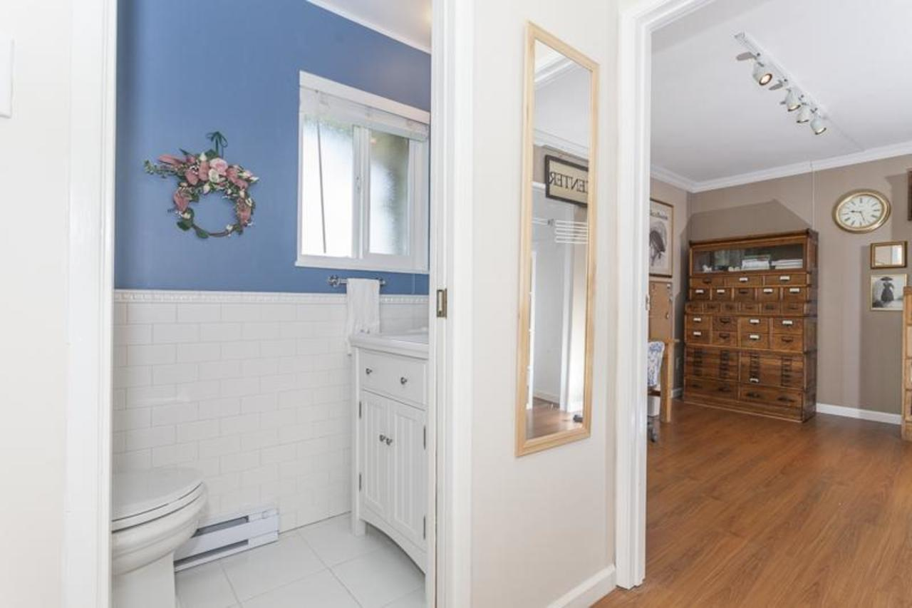 w13 bed:bath at 10 - 230 13, Lower Lonsdale, North Vancouver