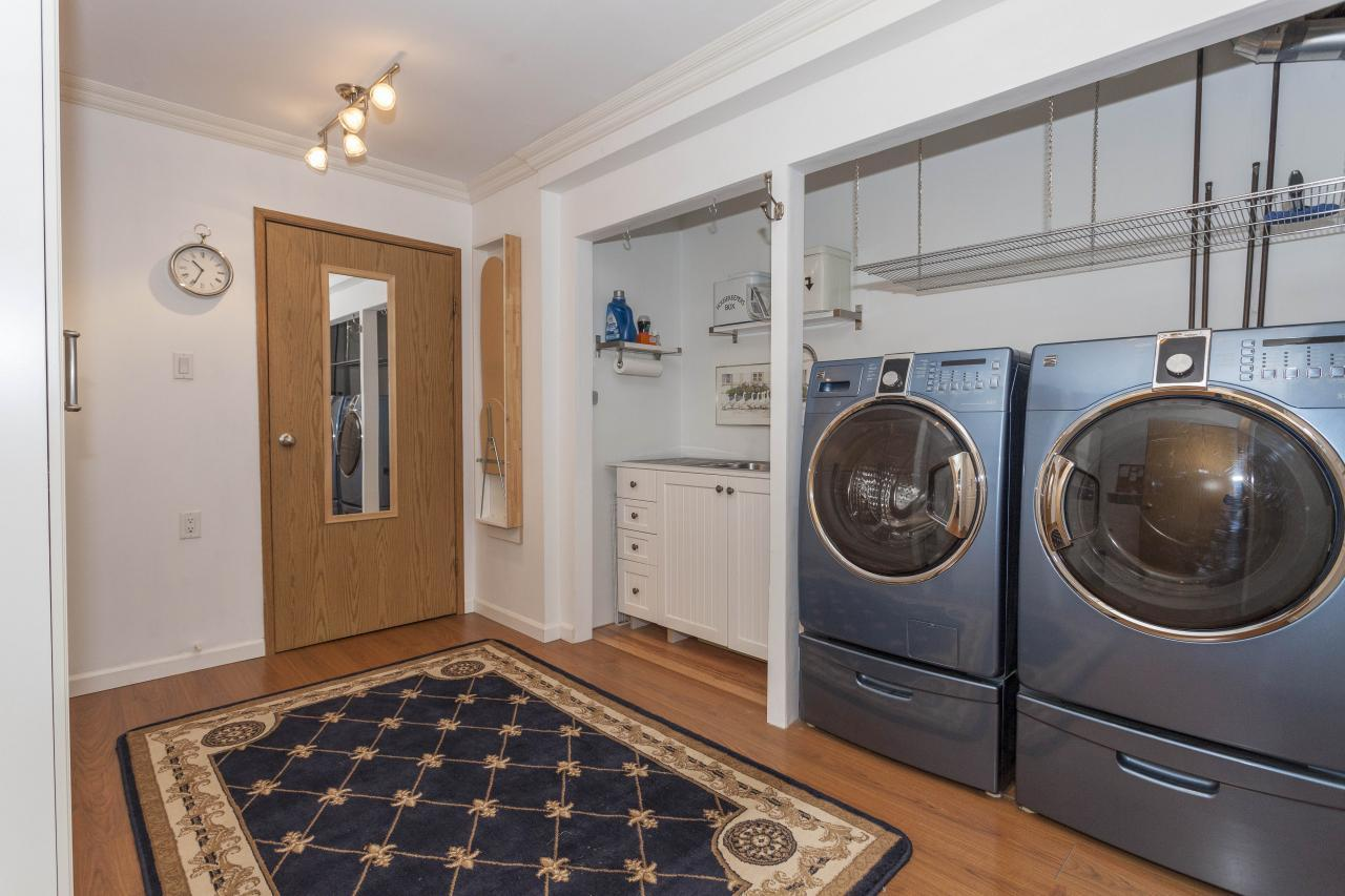 W13 laundry room at 10 - 230 13, Lower Lonsdale, North Vancouver