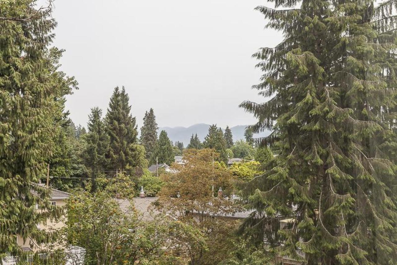 1425EsquimaltVIEW at 406 - 1425 Esquimalt Ave, Ambleside, West Vancouver