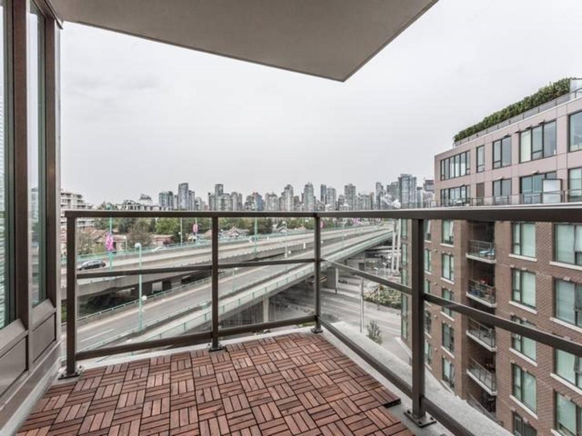 image-262024635-9.jpg at 704 - 445 W 2nd Avenue, False Creek, Vancouver West