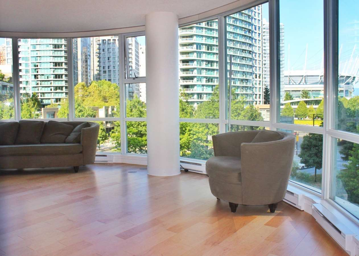 image-262129200-5.jpg at 506 - 193 Aquarius Mews, Yaletown, Vancouver West