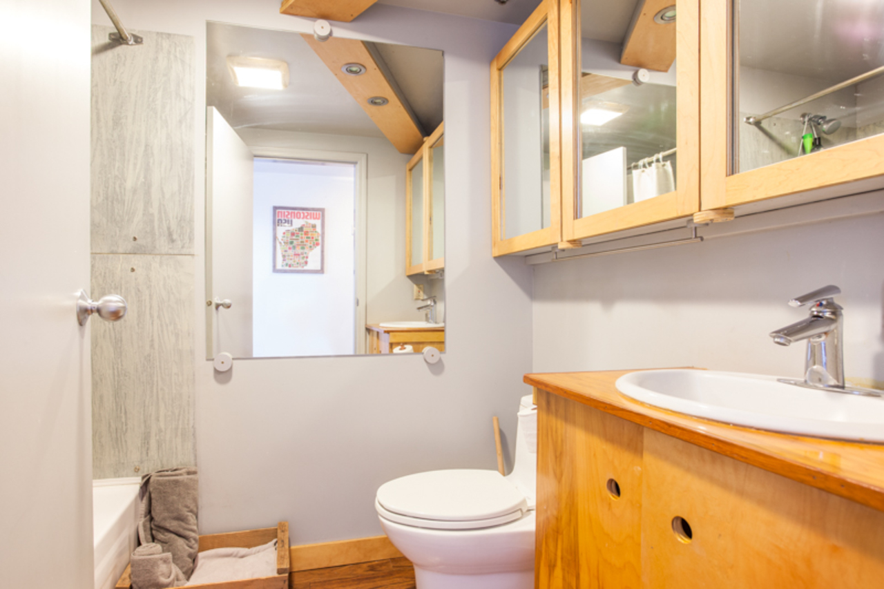 MLS-Bathroom at 410 - 237 E 4th, Mount Pleasant VE, Vancouver East