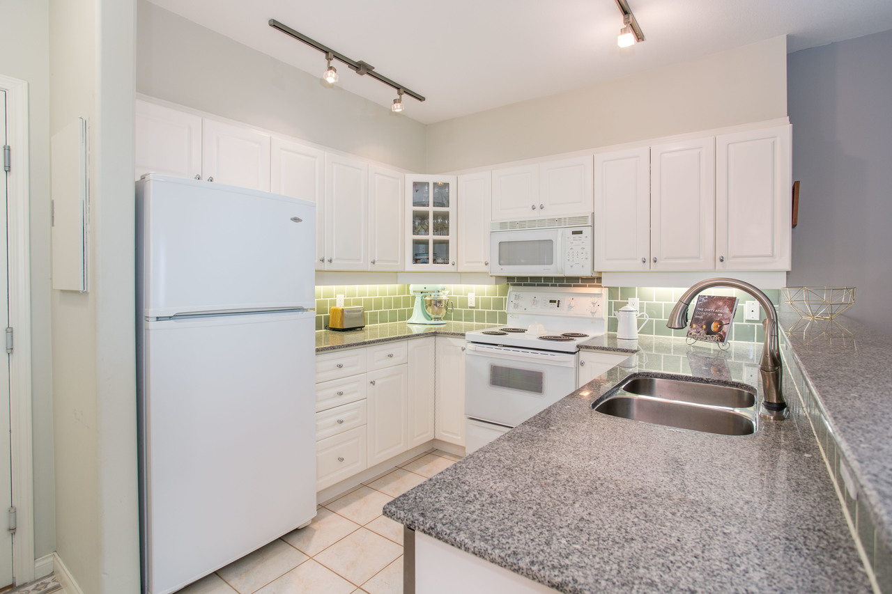high-22 at 309 - 2755 Maple Street, Kitsilano, Vancouver West