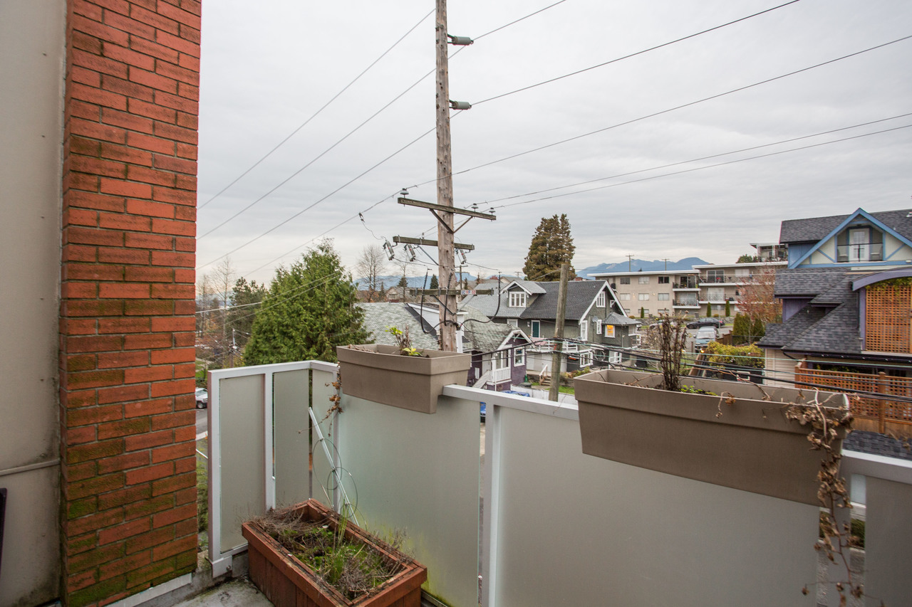 high-11 at 507 - 3811 Hastings Street, Vancouver Heights, Burnaby North