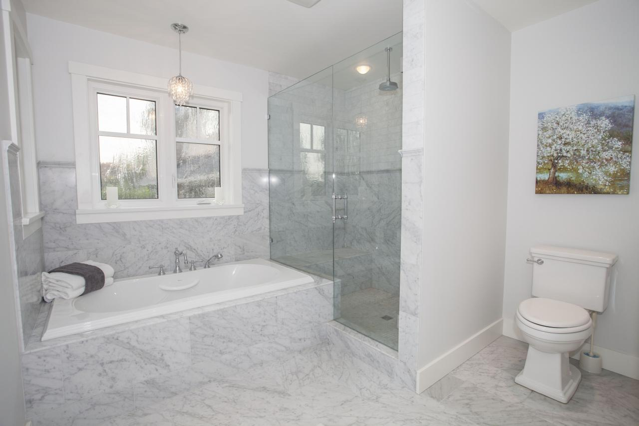 masterbath at 2478 Kings, Dundarave, West Vancouver