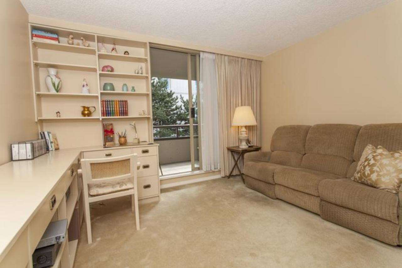 2ndBedroom at 402 - 1485 Duchess, Ambleside, West Vancouver