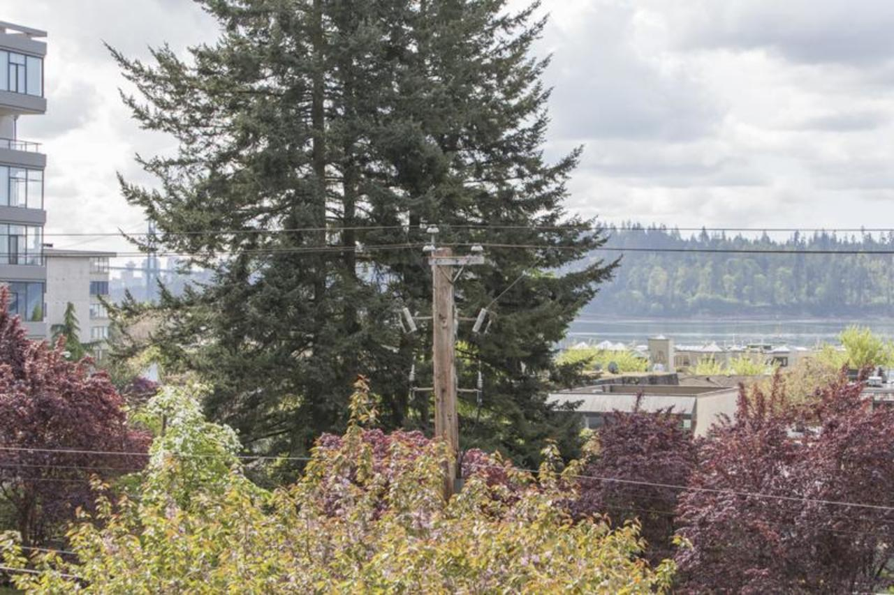 BalconyView at 402 - 1485 Duchess, Ambleside, West Vancouver