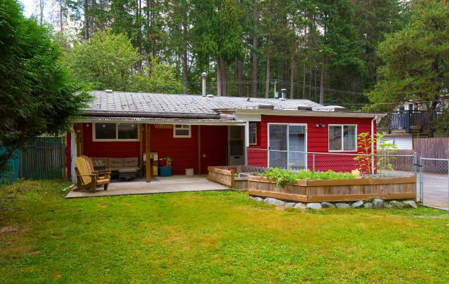3728 Oxford Street, Oxford Heights, Port Coquitlam 3