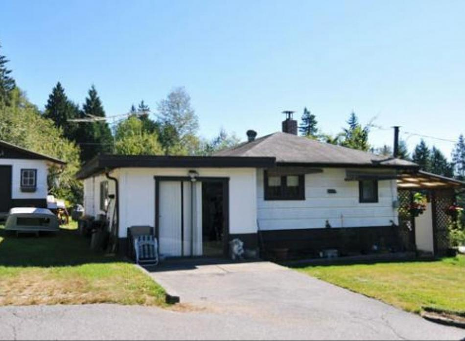 26095 Lougheed Highway, Maple Ridge