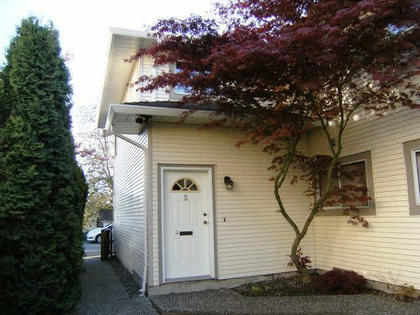 261651499 at 5 - 19690 56th Avenue, Langley