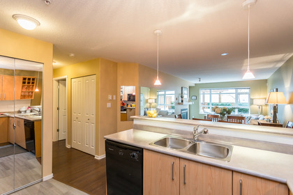 45541_6 at 102 - 3148 St Johns Street, Port Moody