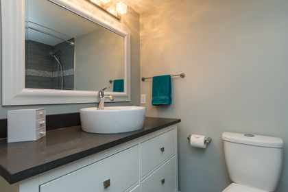 Master Ensuite at 506 - 1225 Merklin Street, White Rock Rock,