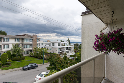 View at 506 - 1225 Merklin Street, White Rock,