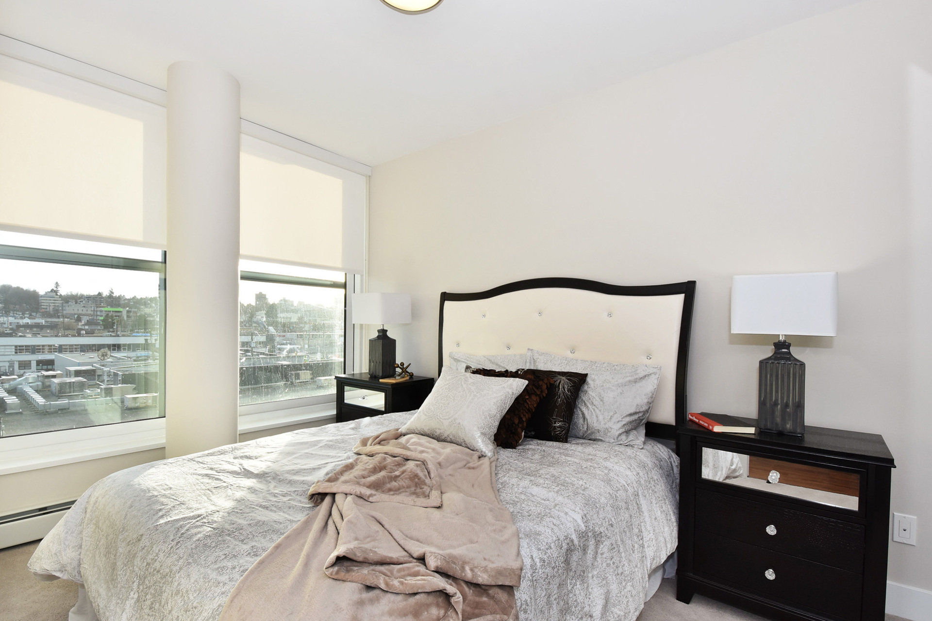 15 at 610 - 159 W 2nd Avenue, False Creek, Vancouver West