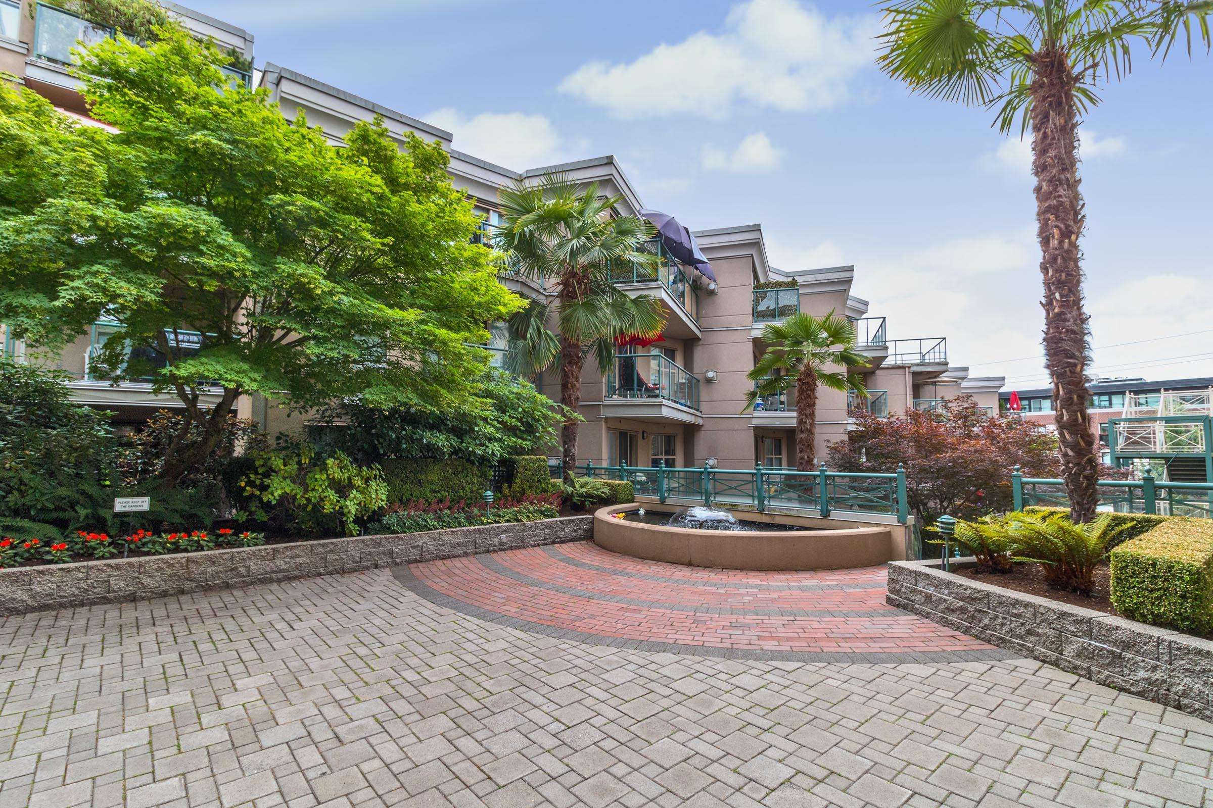117 - 332 Lonsdale Avenue, Lower Lonsdale, North Vancouver
