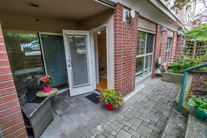 19 at 117 - 332 Lonsdale Avenue, Lower Lonsdale, North Vancouver