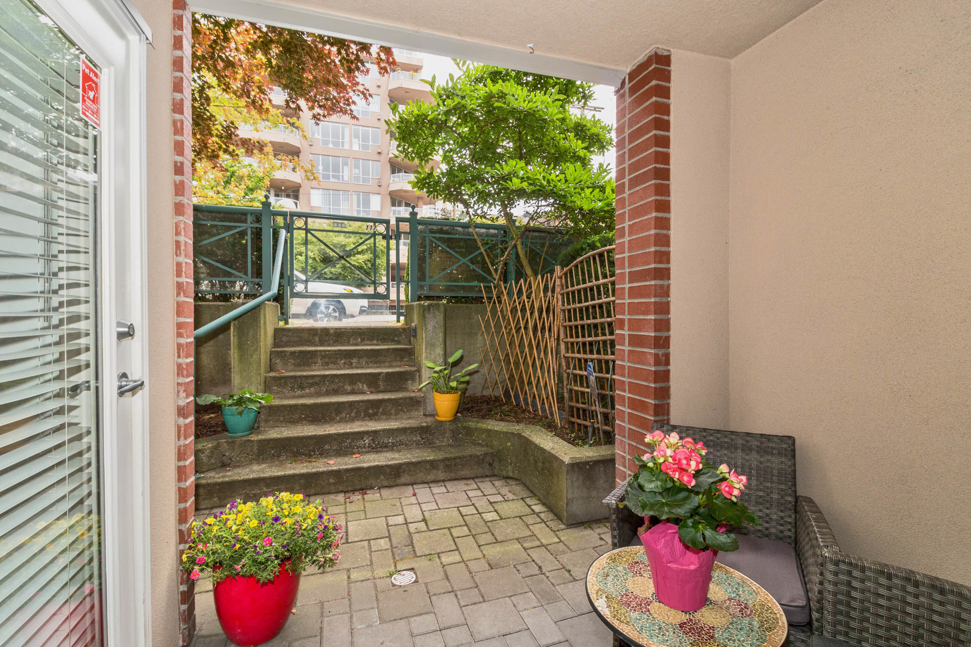 18 at 117 - 332 Lonsdale Avenue, Lower Lonsdale, North Vancouver