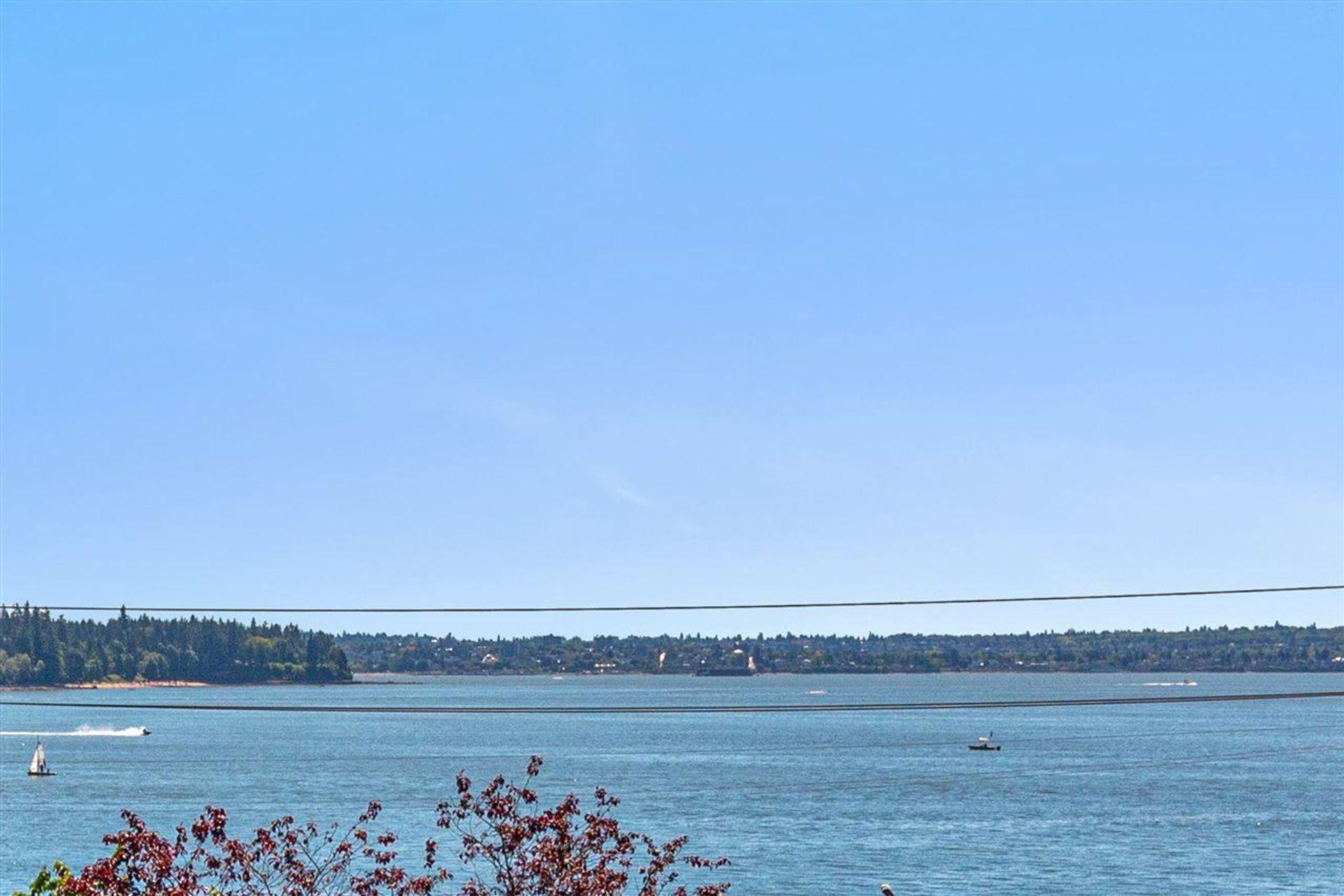 1845-bellevue-avenue-ambleside-west-vancouver-24 at 201 - 1845 Bellevue Avenue, Ambleside, West Vancouver